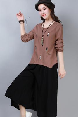 A8267褐色上衣-黑色裤子