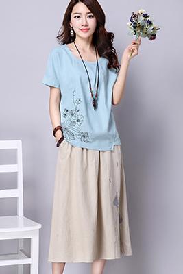 9103浅蓝色上衣+米黄色裙子