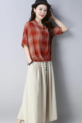 A8186套装红色上衣+米色裤子